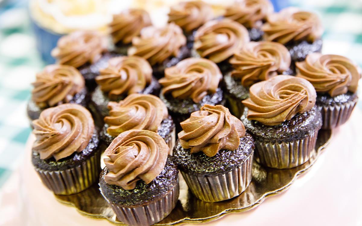 Mini-Sized Chocolate Cupcakes