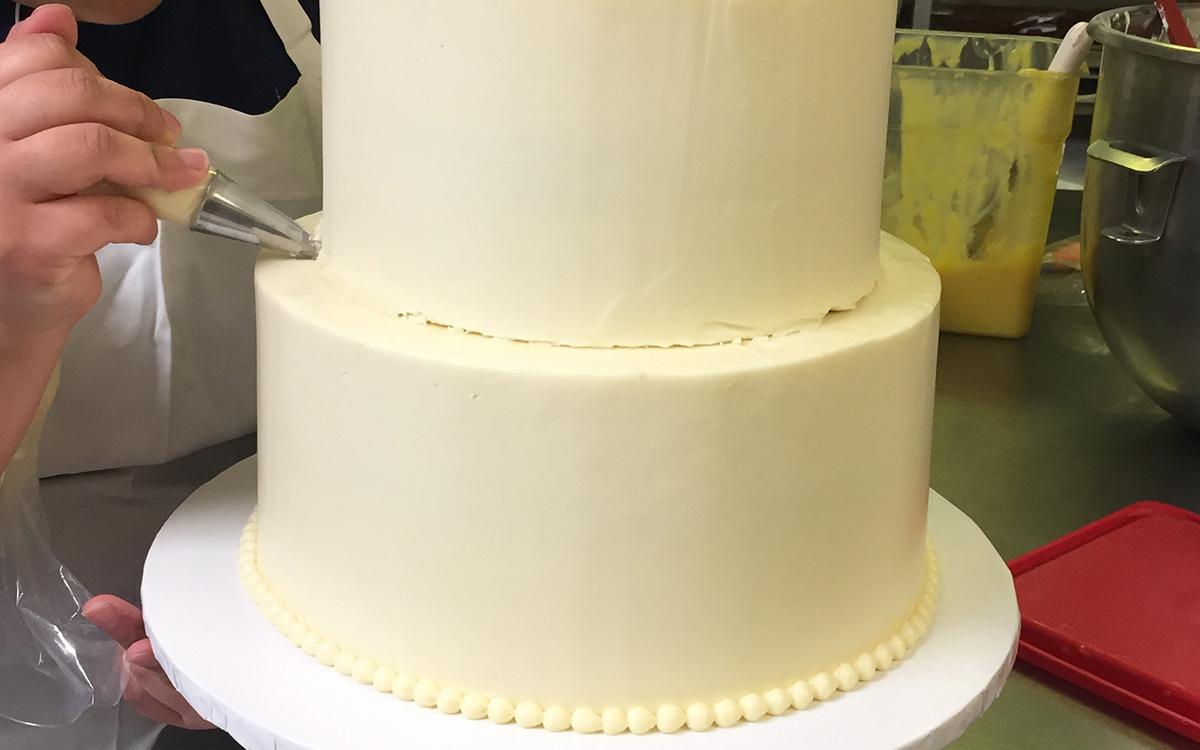 Decorating White Wedding Cake